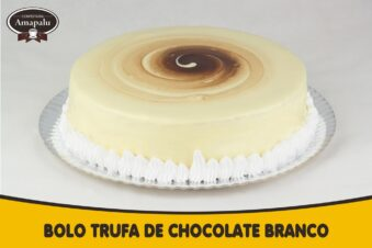 Bolo Trufado de Chocolate Branco